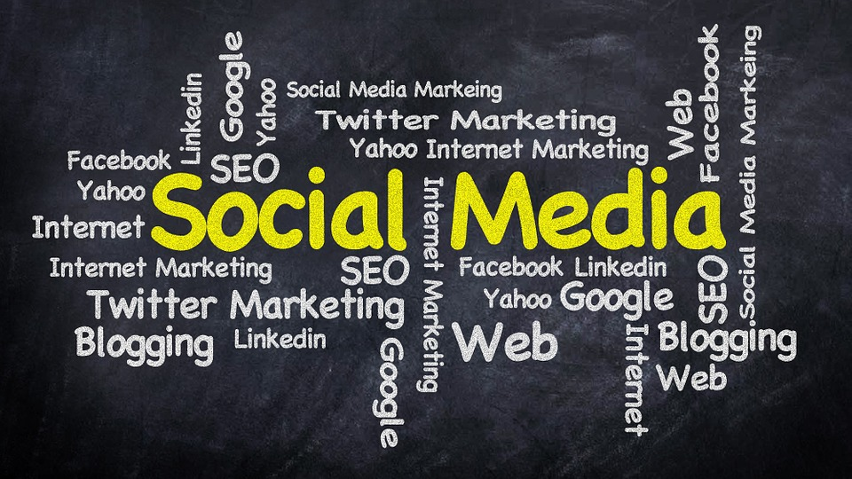 5 REASONS WHY YOUR BUSINESS NEEDS SOCIAL MEDIA