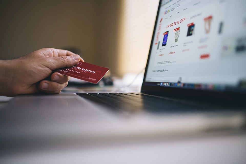 Top 4 Ecommerce Tips You'll Need To Uplift Your Online Store