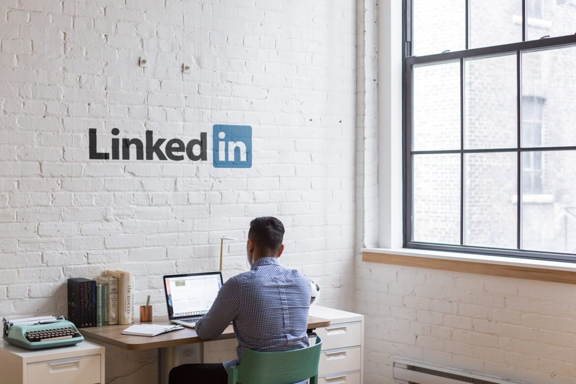 How to Generate Free B2B Leads from LinkedIn