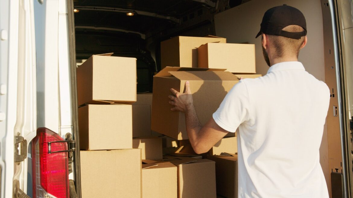 How to Decode The Art of Shifting with Packers and Movers In Bangalore?