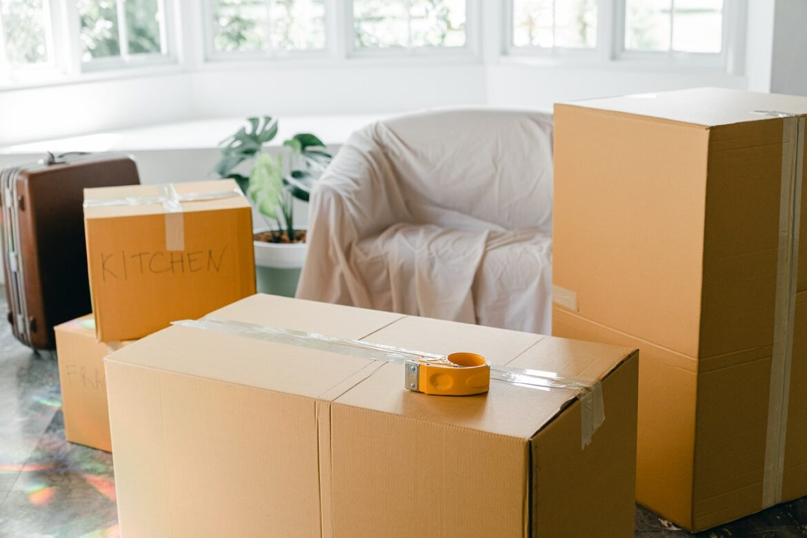 Things To Take Care While Hiring Moving And Packing Services