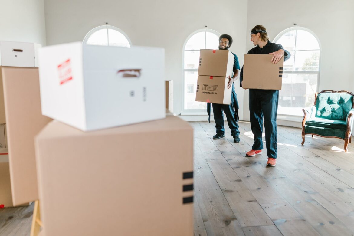Five Crucial Steps To Pack Your Electronics Effortlessly With Packers & Movers