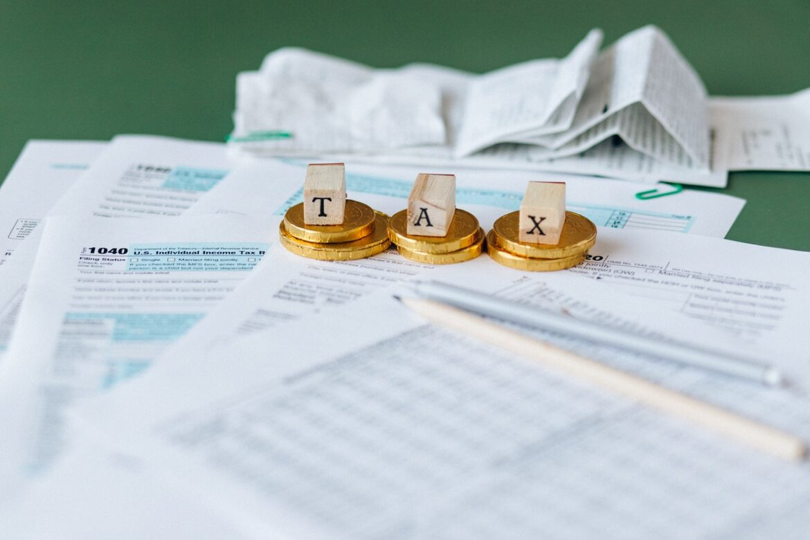 What You Need to think about With Online Tax Preparation Applications?